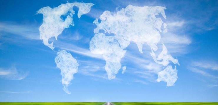 tópicos hispanos, trabajo y el atlas de las nubes