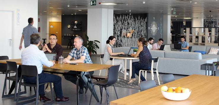 Grupo asv apuesta por espacios de trabajo abiertos que for Oficina de empleo alicante