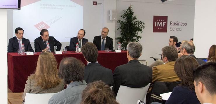 Imagen-Mesa-Redonda-en-IMF-Business-School.jpg