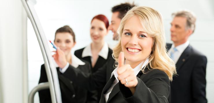 Spring professional busca 30 personas para trabajar en sus for Oficina adecco madrid