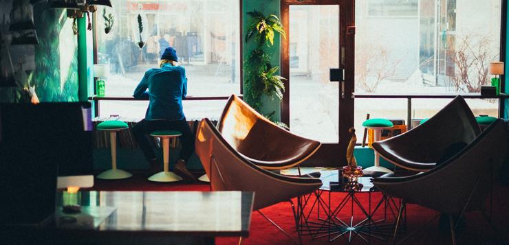 recolocaciones-mesas-de-cafeteria-y-hernan-cortes.jpg