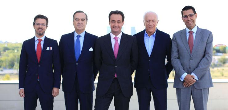 De-izq-a-dcha-José-Amérigo-José-María-Alonso-Puig-Alejandro-Sánchez-del-Campo-Agustín-Azparren-y-Fernanando-Bejerano-ok.jpg