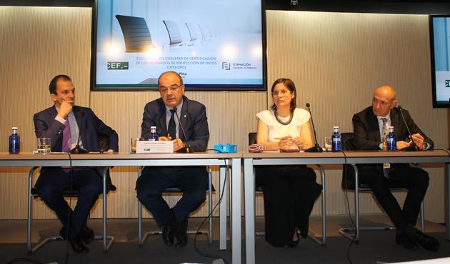 De izq a dcha Antonio Hurtado de Mendoza, Ignacio Pino Ledesma, Ruth Benito, José Antonio Sánchez García