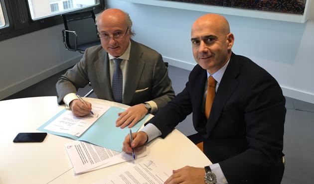 Firma convenio F. Aon y F. Deporte y Desafío
