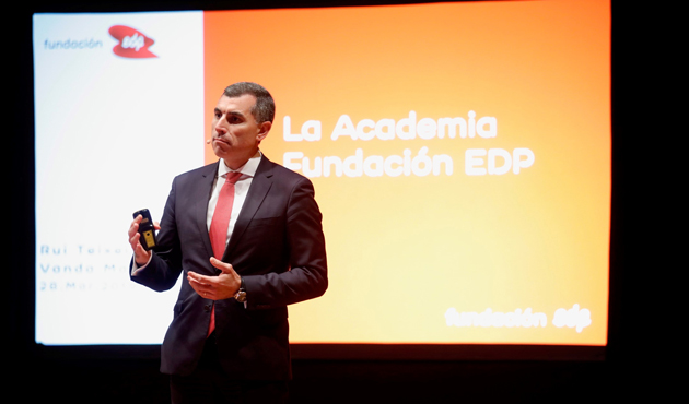 El-consejero-delegado-de-EDP-España-Rui-Teixeira-durante-la-presentación.jpg