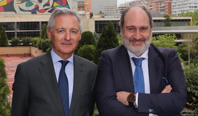 Juan Chozas y Javier Cantera envío