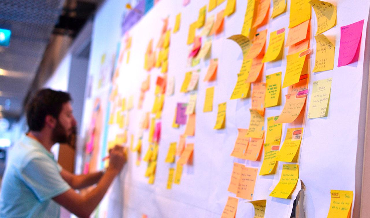 Las-8-razones-por-las-que-la-filosofía-'Agile'-triunfa-en-las-grandes-empresas-ok-1280x753.jpg