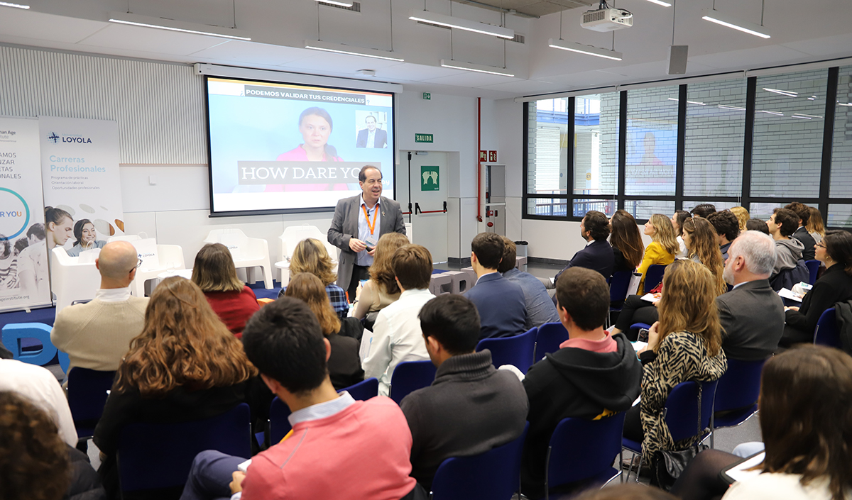 Jornada-PowerYou-Xperience-celebrada-en-el-Campus-de-Sevilla-de-la-Universidad-Loyola.jpg