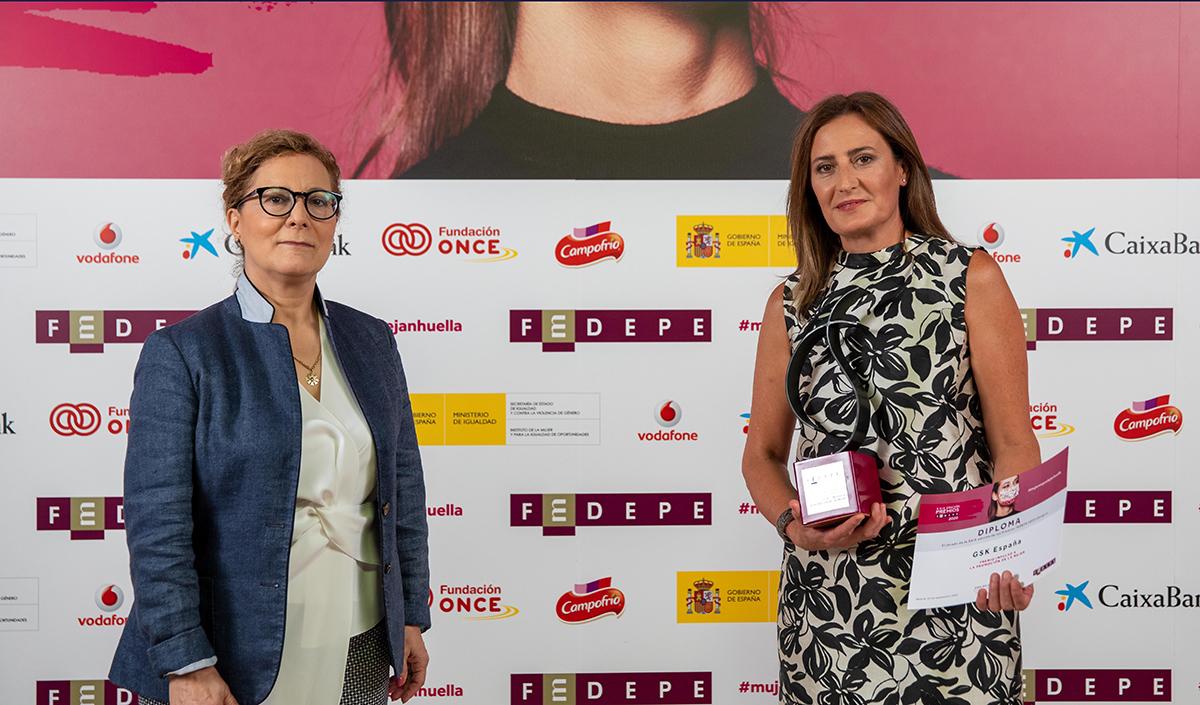 Elsa-González-y-Cristina-Henríquez-de-Luna.jpg