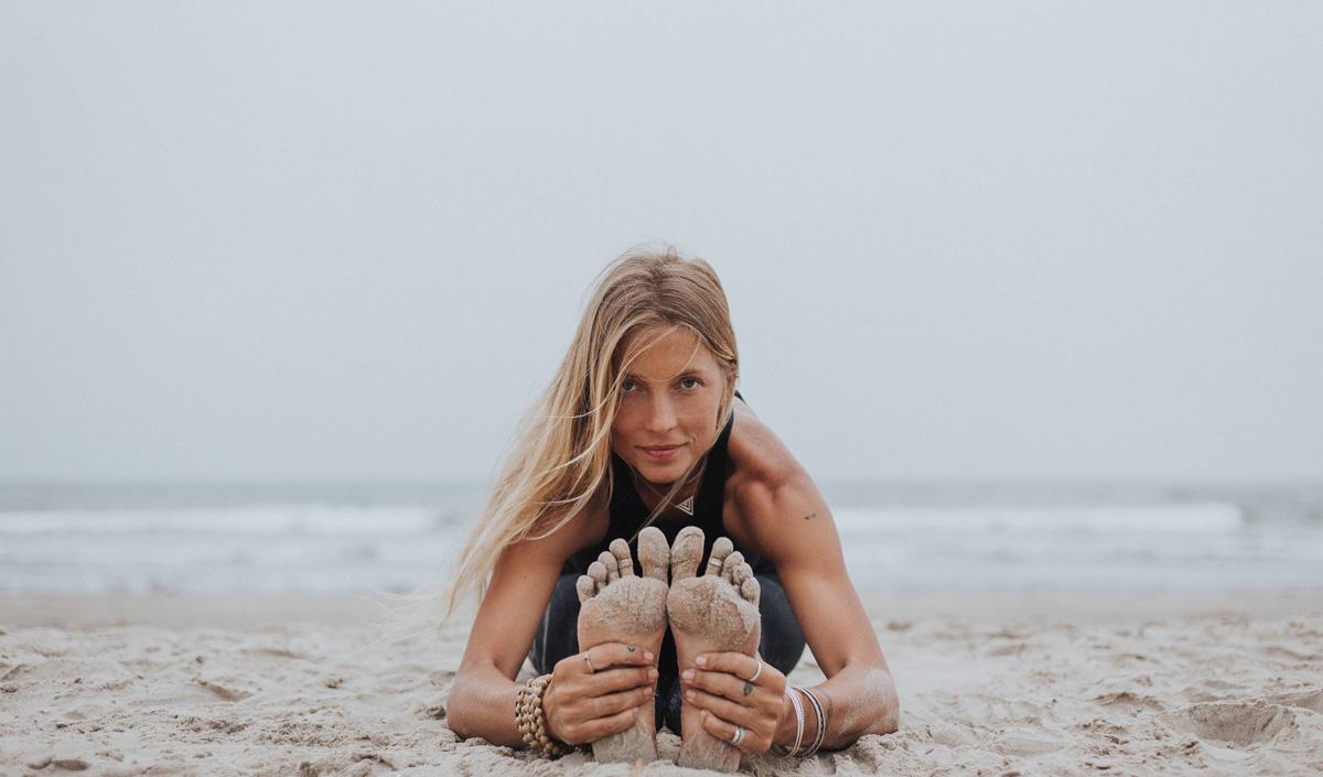 Yoga_TheClassYoga_LuciaLiencres.jpg